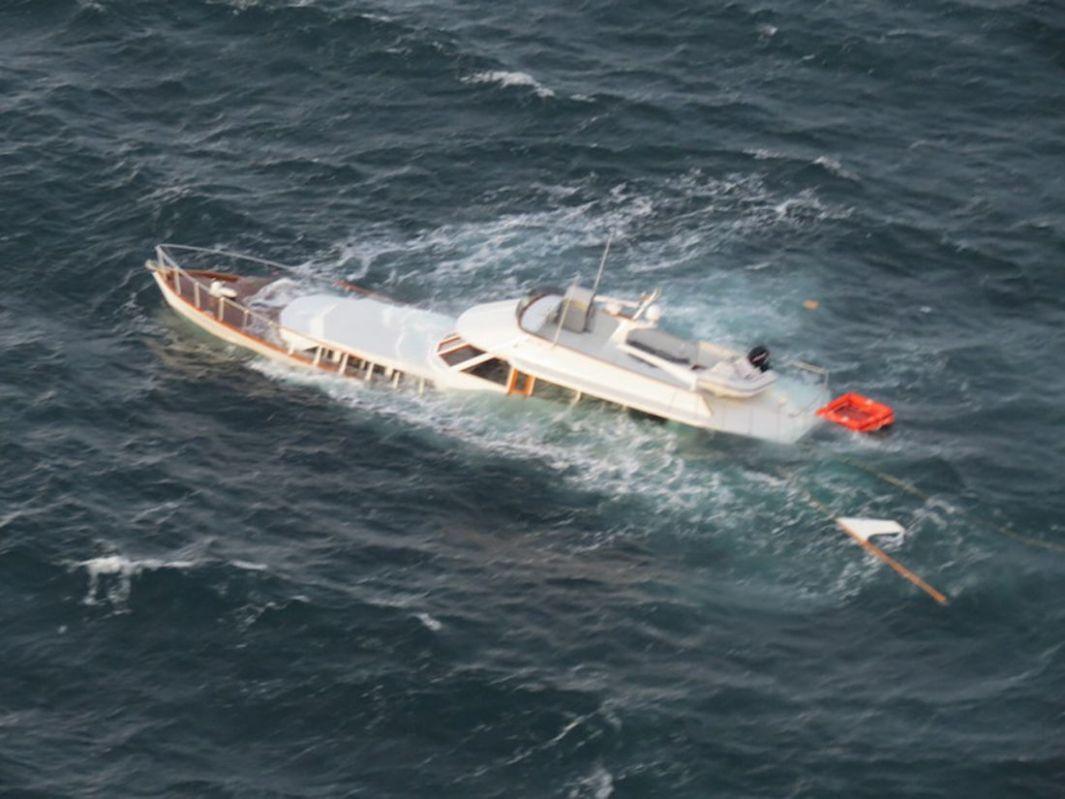 Zatonął Jacht Dwie Osoby Uratowane Magazyn Jachting